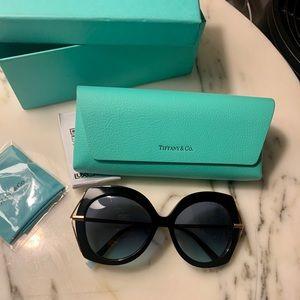 Tiffany & Co sunglasses & case, box. Gently used